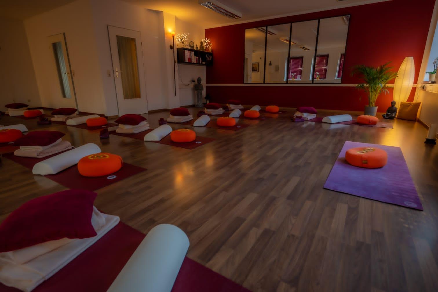 Katis Yoga Vaira Centrum Katis Yoga Centrum